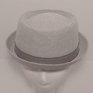 Boys Classic Pork Pie Hat. Gray. Size L/XL (8+ )